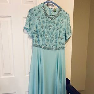 Embellished short sleeve maxi dress